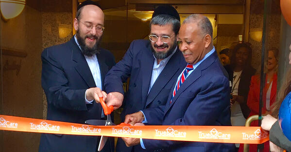 Ribbon cutting w/ Westchester County Mayor
